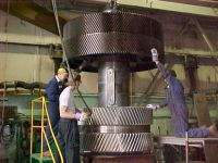 Assembly of steel mill gearing